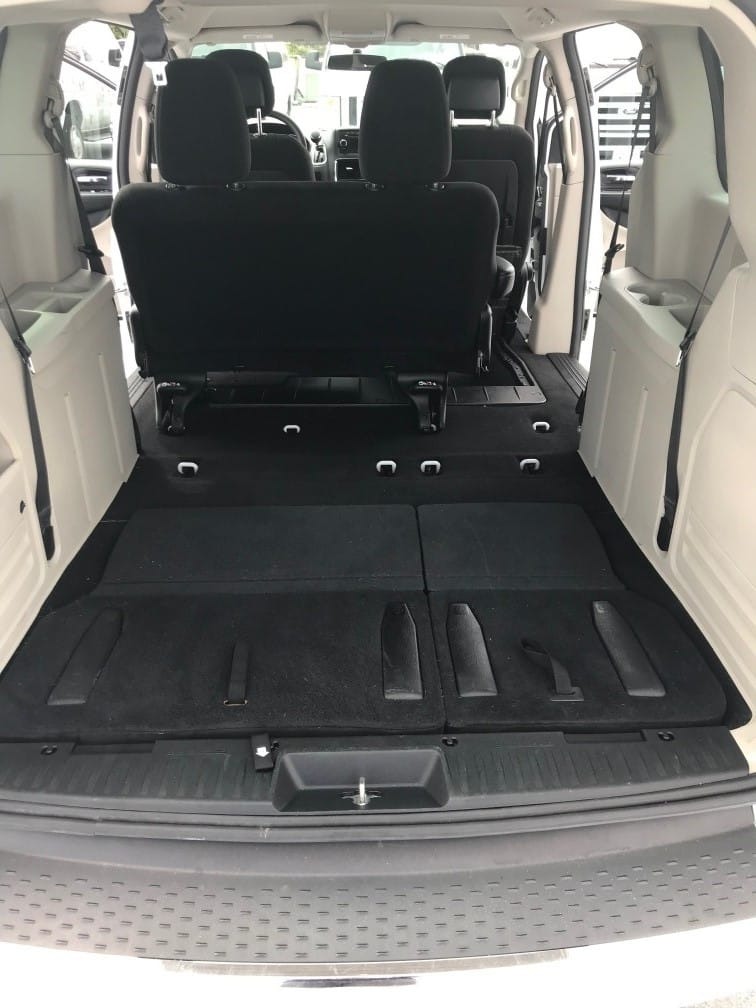 Mini Van/Station Wagon Rental14
