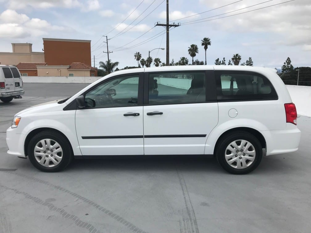 Mini Van/Station Wagon Rental2