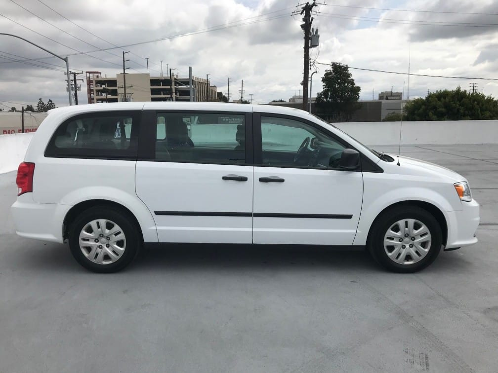 Mini Van/Station Wagon Rental3