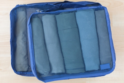 Packing cubes with rolled up items